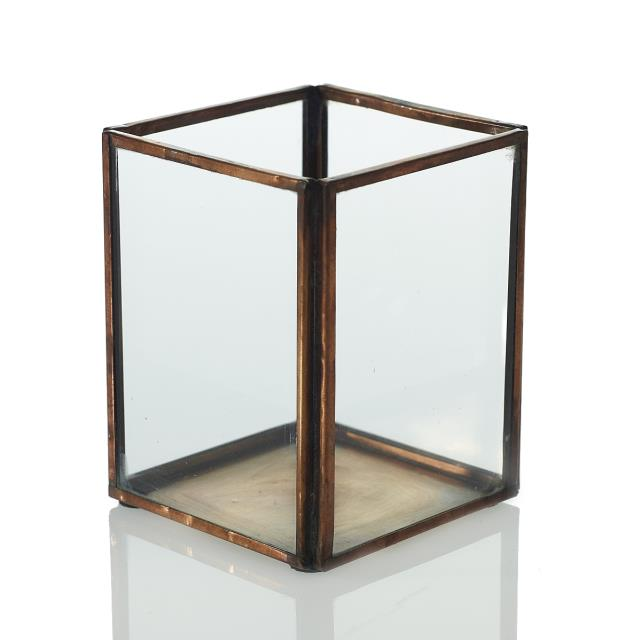 Where to find CENTERPIECE BOX METAL   GLASS 3.75 in Ft. Wayne