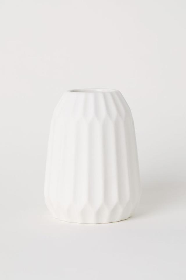Where to find VASE TEXTURED WHITE 8.75  TALL in Ft. Wayne