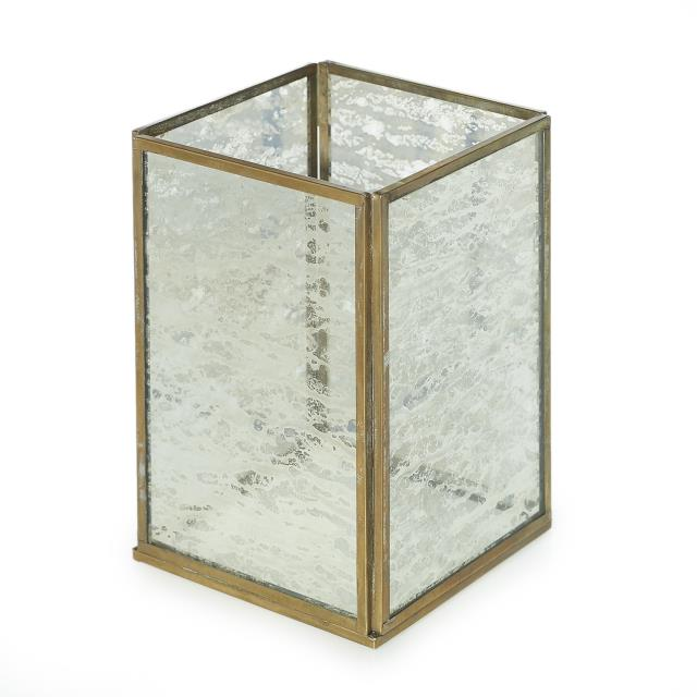 Where to find CENTERPIECE BOX METAL   MERCURY GLASS 6 in Ft. Wayne