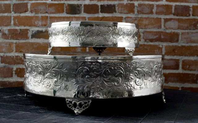Where to find CAKE STAND ROUND NICKEL 14x5  TALL in Ft. Wayne
