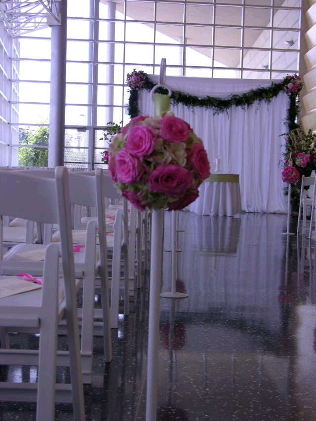 Where to find STANCHION WHITE - SILVER WEDDING 42 in Ft. Wayne