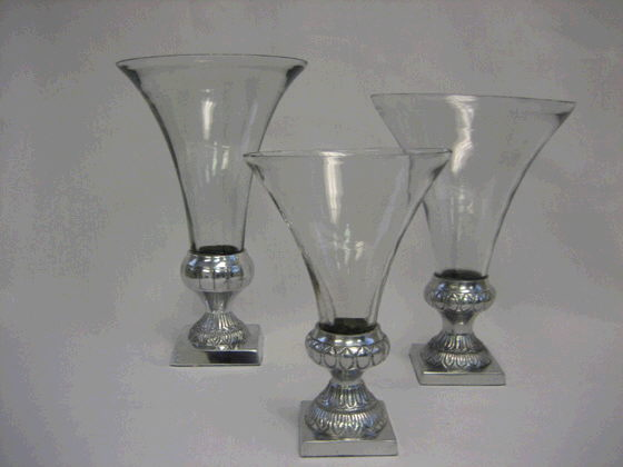 Where to find VASE GLASS - SILVER 10 in Ft. Wayne