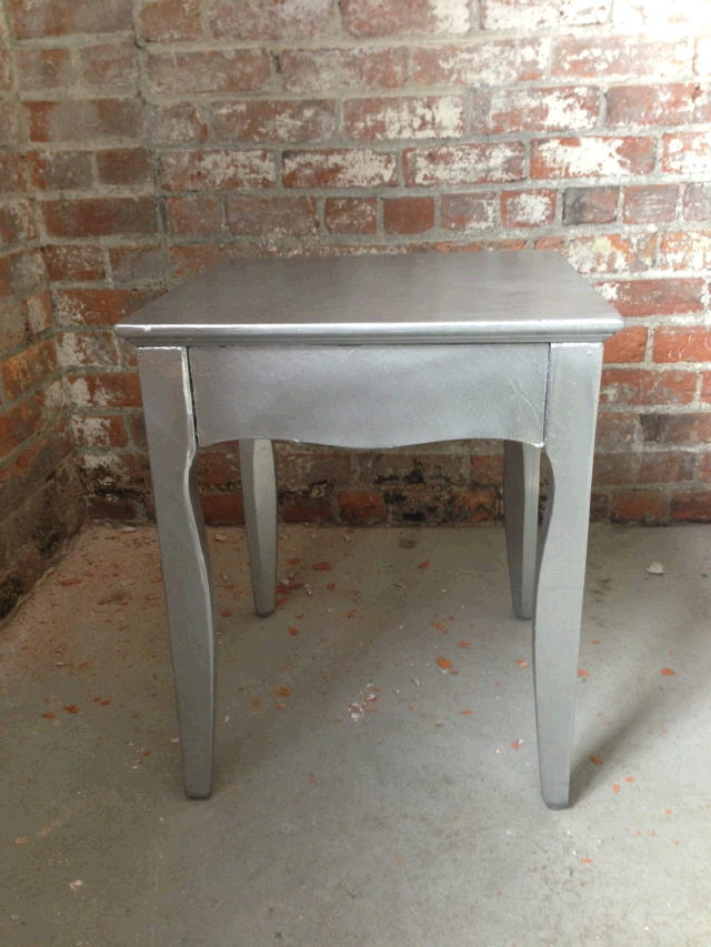 Where to find ENDTABLE SILVER 39x20x16t in Ft. Wayne