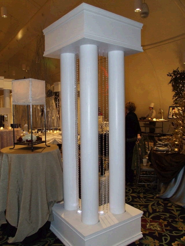 Where to find COLUMN CORNER -L- UNIT 8  tall 5 pcs. in Ft. Wayne